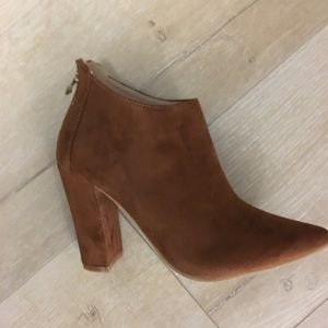 Shoes - Shey suede boots